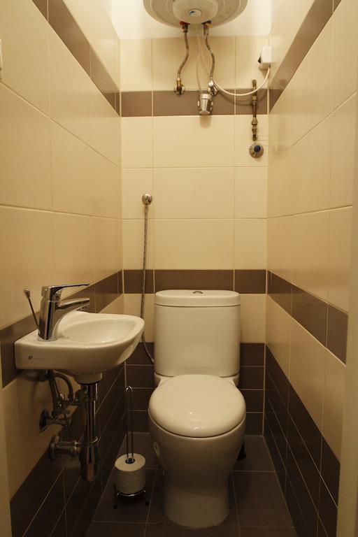 Körúti Apartmanok Budapest Szállás 1-4 Személy Részére 2-es lakás, WC